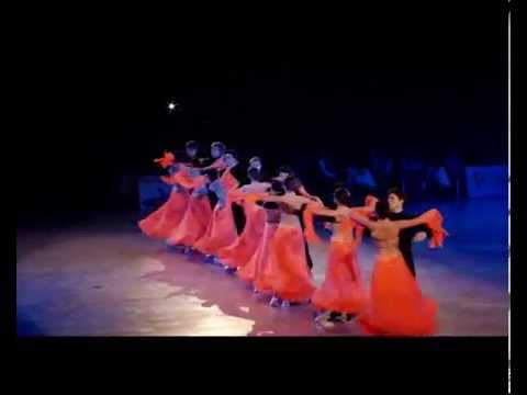 Au salon de danse bercy 2014 formation standard youtube for Youtube danse de salon