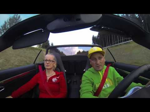 Porsche 911 4S Cabriolet 991 (Look at the faces and listen the sound) :-)