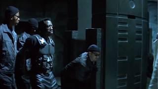 Устройство по выкачиванию крови ... отрывок из фильма (Блэйд/Blade)1998
