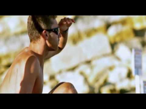 Inna - Megamix (DVJ Danny Stereo).DVDRIP.XViD.2010-FEAR