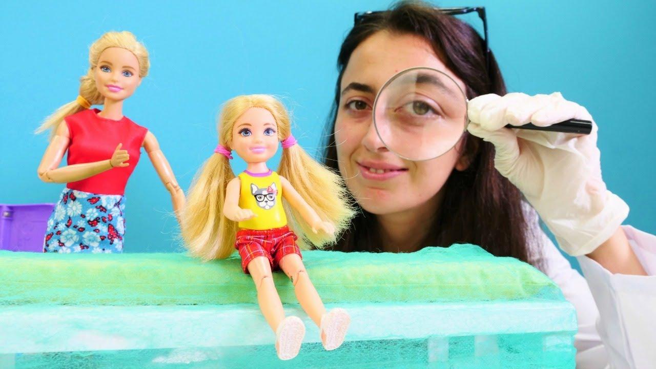 Barbie oyunları Sevcan ile. Chelsea  isilik oluyor. Kız oyunları