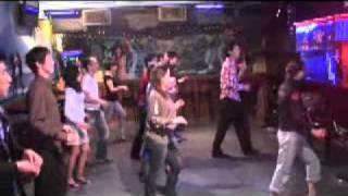 ヒロ&タクのサルサレッスン情報 → http://www.htdc.jp/ サルサダンスの...