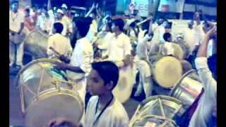 Poona Dhol Blasting Performance.mp4