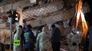 Terremoto deja edificios en ruinas y al menos 14 muertos en Turquía
