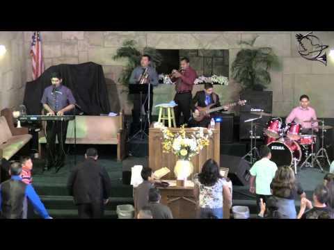 Alabanza XV - Iglesia Cristiana Adonai (Te doy gloria, Remolineando, Grita canta danza...)