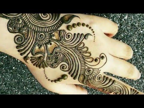 stylish back hand mehndi