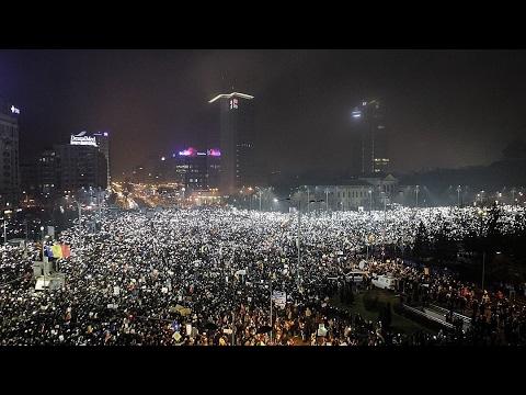 Rumunijoje parlamentas balsavo už pasitikėjimą Vyriausybe