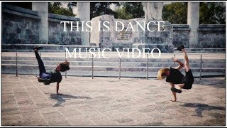 Street Ballet VS Break dance Performance - Battle for Chapultepec Park in CDMX, Mexico - ooo