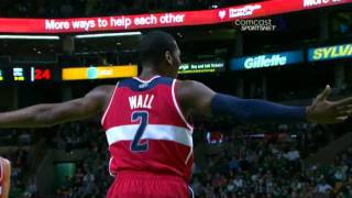 Gambar cover John Wall tech fouled for vicious dunk