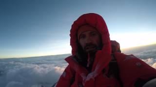 Магомед Дзейтов на вершине Эвереста thumbnail