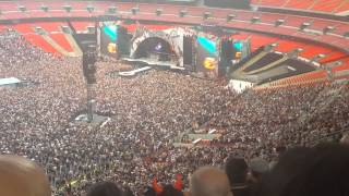 ACDC intro Rock or Bust Live @ Wembley  4/7/15