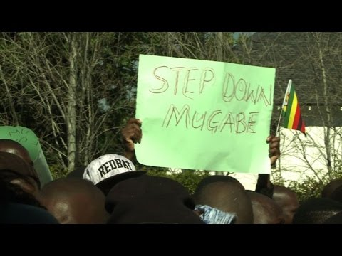 Zimbabweans living in S.Africa call for Mugabe to step down