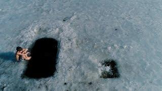 Глеб. Ныряние в проруби / Gleb. Swimming Under The Ice