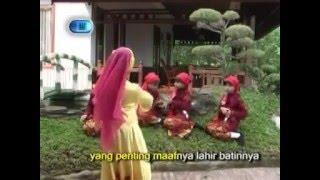 Baju Baru - Ainun - Lagu Anak Muslim (Karaoke)