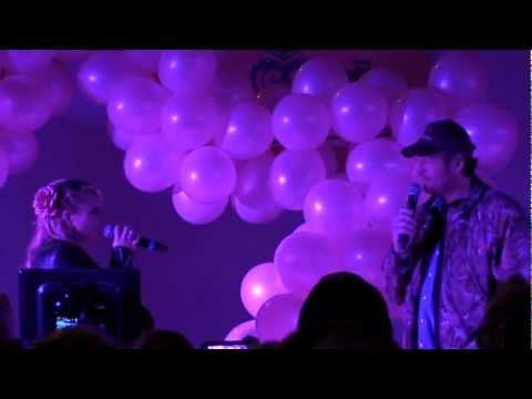Blake Shelton @ PINK FRIDAY TISHOMINGO OK - YouTube