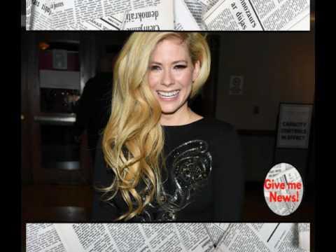 La Foto que ha revivido una polemica teoría sobre Avril Lavigne!