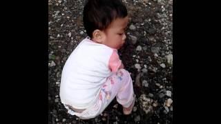 Video Akibat anak kecil naik gunung download MP3, 3GP, MP4, WEBM, AVI, FLV Desember 2017