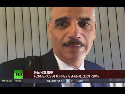 Keiser Report: Encountering Eric Holder (E986)