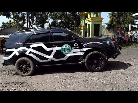 Convoy Rombongan Toyota Fortuner Club Of Indonesia (TFCI)