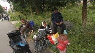 السلطات الفرنسية ترحل المئات من الغجر الروم
