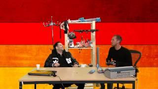 Dennis en Valerio voeren elkaar met een drone