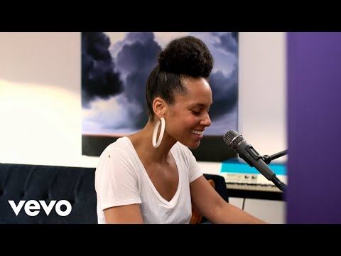 Alicia Keys - Underdog (iHeart Acoustic Video)