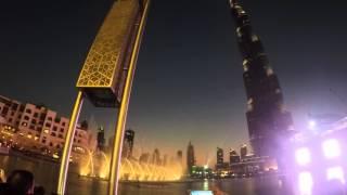 Fontes de água em Dubai (Emirados Árabes), em frente ao Burj Khalifa