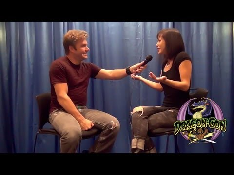 Interview with Vic Mignogna at Dragon Con 2013 - The anime voice actor extraordinaire!