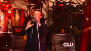 Justin Timberlake - Let The Groove Get In (Live iHeartRadio Party Release)