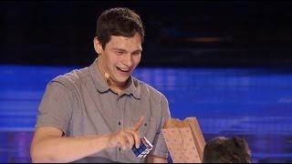 Niesamowite sztuczki z kostką Rubika w amerykańskim Mam Talent