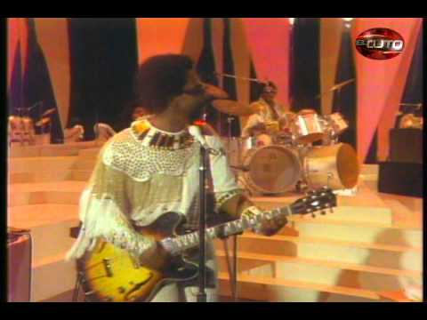 EASY-THE COMMODORES
