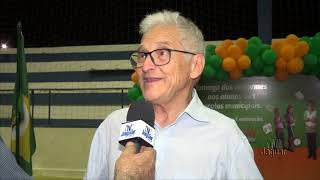 Prefeito Zé Maria - Realiza cerimônia de entrega do fardamento escolar para alunos da rede municipal