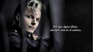 Lacrimosa - Irgendein Arsch Ist Immer Unterwegs [Español]