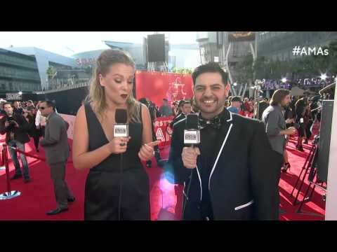 Michael Costello Red Carpet Interview - AMAs 2015