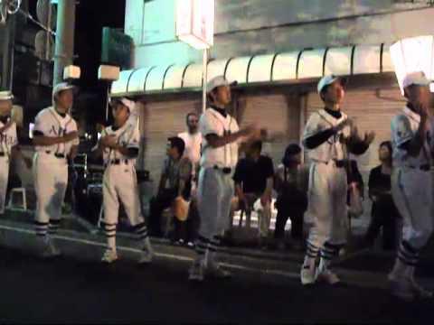 一日市盆踊り野球部も踊る