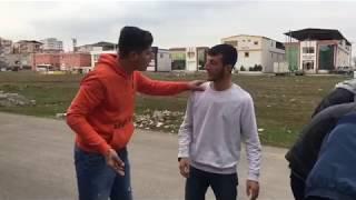 Muzaffer toprak - cekilin ben babasiyam (kısa vine ) komik video