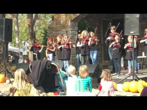 Fiddle Frenzy at Linden Waldorf School's Elves Faire 2016