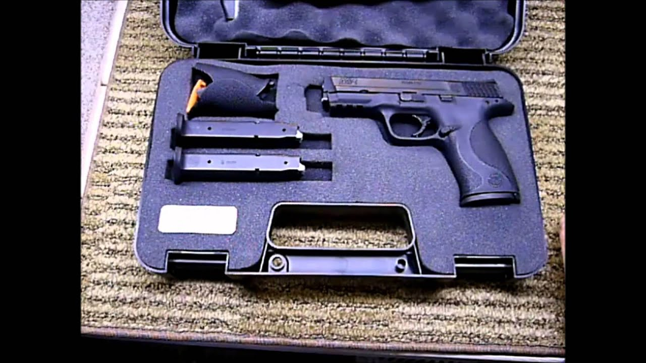 Smith & Wesson M&P9 Unboxing By DubbleAction