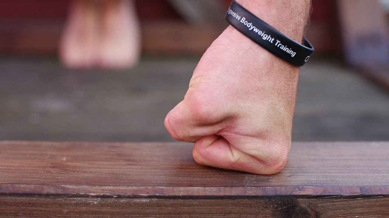 4 Ways to Strengthen Your Wrists - wikiHow
