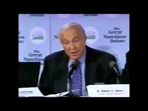 Dr. Robert C. Atkins Lecturing At The USDA Great Nutrition Debate, 2000