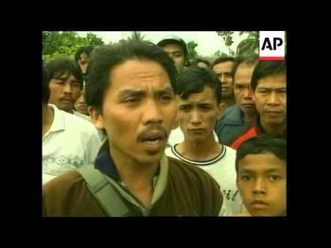 Borneo: Violence: Dayak demonstrators rampaged through Palangkaraya