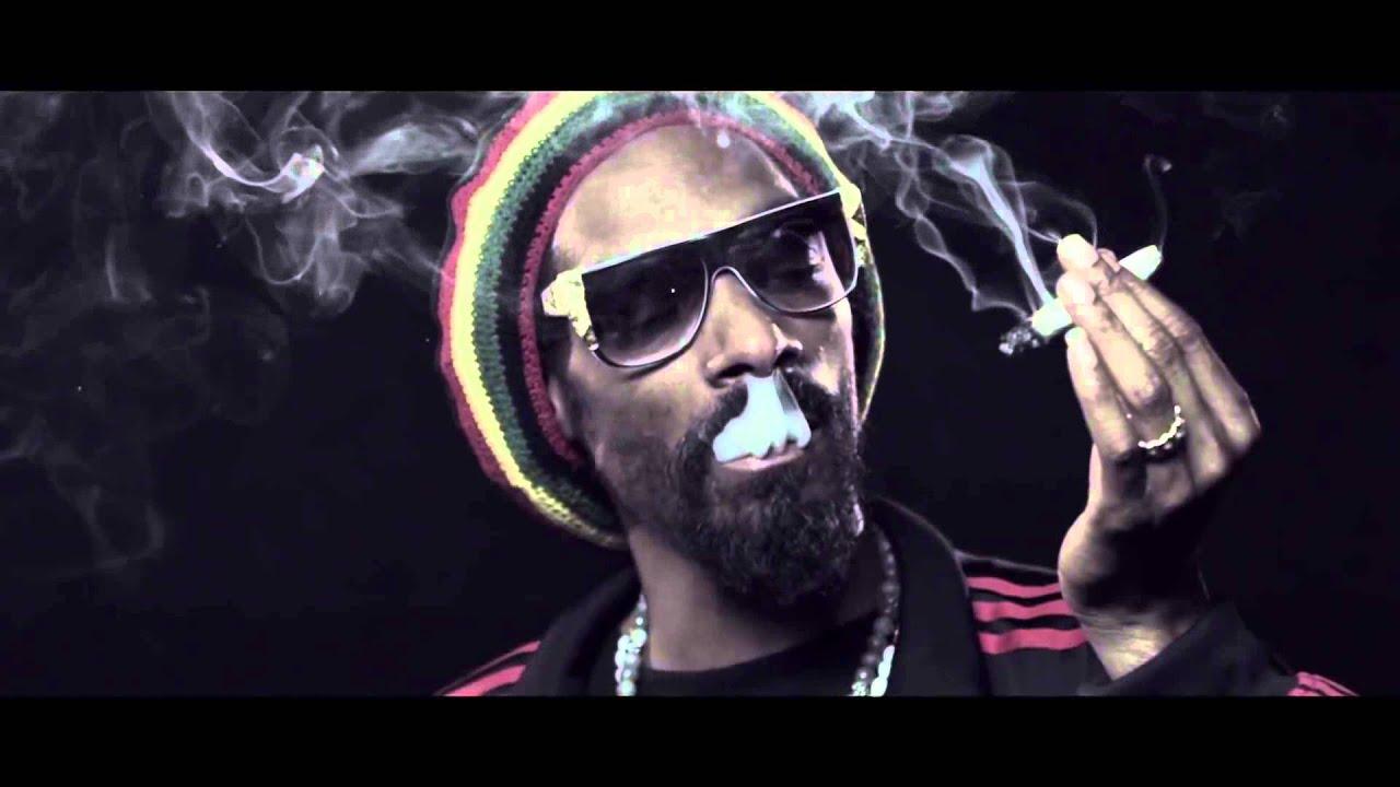 Snoop Dogg Wiz Khalifa French Inhale