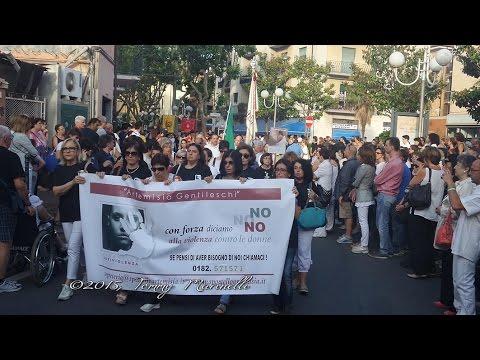 Albenga  marcia silenziosa per Loredana Colucci