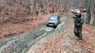 Mitsubishi Pajero & Hyunday Galloper &UAZ &JEEP едем на гору Бойко
