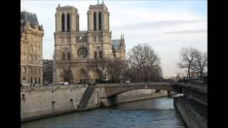 Charles Aznavour Paris au mois d