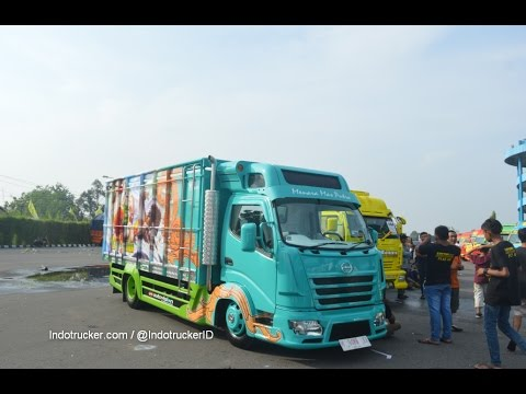 Awesome Custom Truck Expo Indonesia at KAMT Jogja 2016
