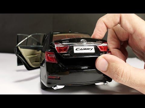 Unboxing Of Toyota Camry 1:18 Scale Diecast Model Car