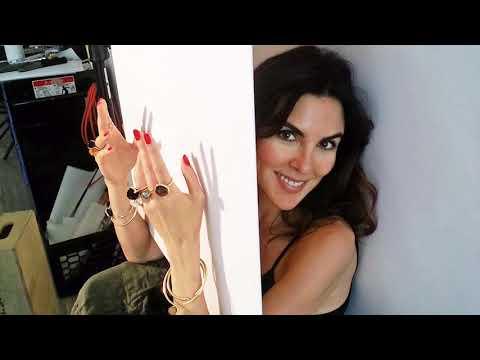 Perfekte Haut: So pflegt Handmodel Adele Uddo ihre Hände