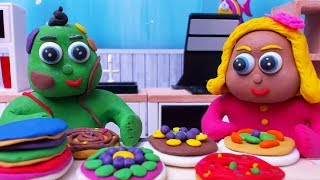 Green & Yellow Baby CAKE CHALLENGE - Stop Motion Cartoons For Kids