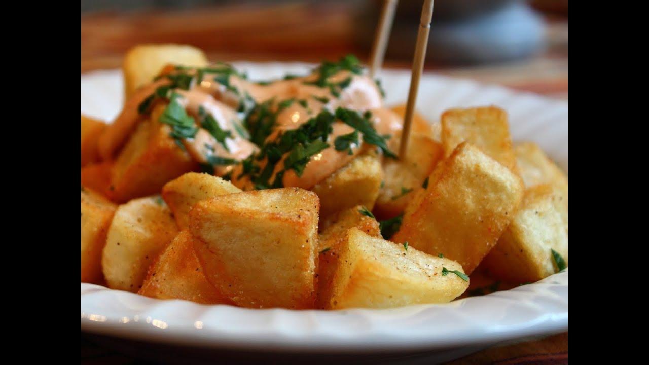 Patatas Bravas -- Crispy Potatoes with Spicy Garlic & Chili Aioli ...